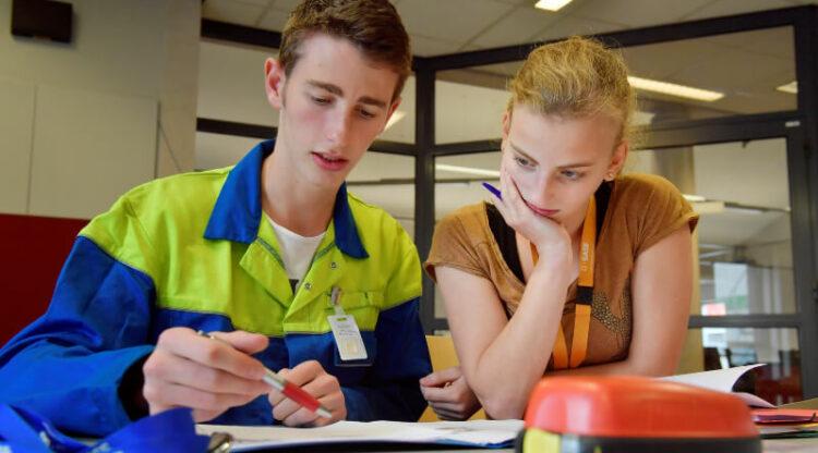 Eerste schooljaar duaal leren: leren op de werkvloer is springplank naar job