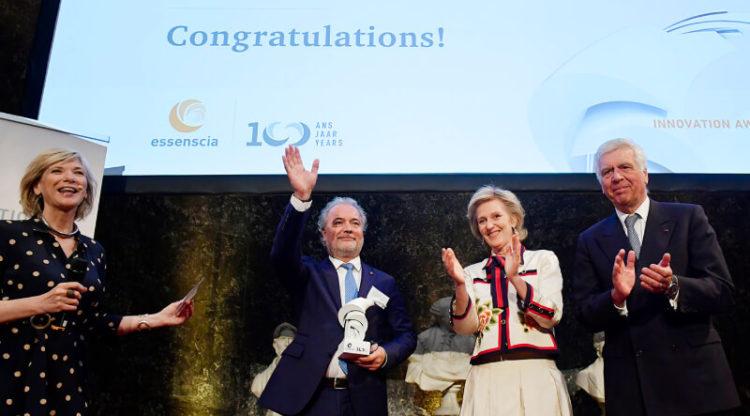 Mithra remporte l'essenscia Innovation Award 2019 grâce à la pilule contraceptive de la nouvelle génération