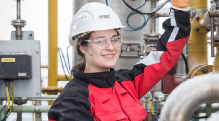 Chemie- en farmasector heeft 1.500 vacatures  voor technisch en wetenschappelijk talent