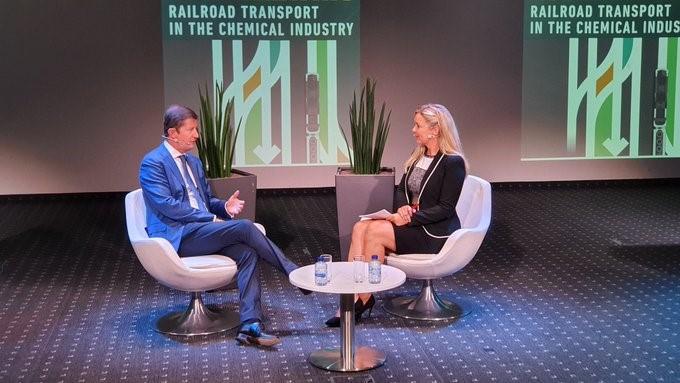 Lineas et essenscia présentent des solutions innovantes pour augmenter le transport ferroviaire dans l'industrie chimique