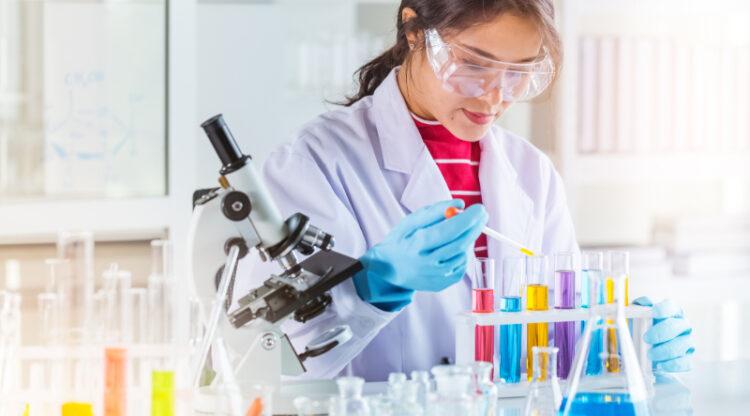 Hervorming Europese chemiewetgeving moet steunen op wetenschappelijke data en strenge controle op ingevoerde producten