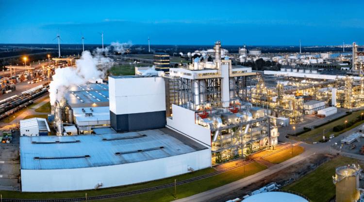 BASF Antwerpen bouwt pilootinstallatie om absorberend materiaal in luiers duurzamer te produceren